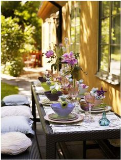 Elegant al fresco dining table setting/table scape.  http://www.annabelchaffer.com/categories/Dining-Accessories/