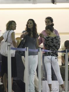 Kate Middleton And Her Family Vacation In Barbados 2007