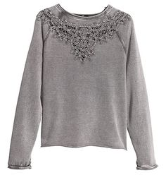 Welcome to H&M, your shopping destination for fashion online. Shop the latest trends and discover our high quality clothing at the best price. Fashion Kids, Latest Fashion For Women, Look Fashion, Latest Fashion Trends, Fashion Online, Fashion Outfits, Womens Fashion, Chunky Knitwear, Looks Street Style