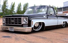 Hot Wheels - Yeah the man @digitalc10 with that squarebody goodness! Job done…