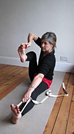 Akarna khanurasana 1 (Shooting bow pose) | Svava Sparey Yoga Holidays #iyengar #yoga #yogapose