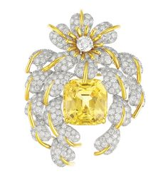 A yellow sapphire and diamond 'Cascade of Leaves' brooch by Jean Schlumberger, Tiffany & Co High Jewelry, Luxury Jewelry, Modern Jewelry, Jewelry Box, Tiffany Jewelry, Tiffany Rings, Museum Of Fine Arts, Antique Jewelry, Vintage Jewellery