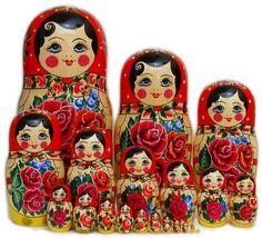 Cute Semenov larger 20pc nested dolls
