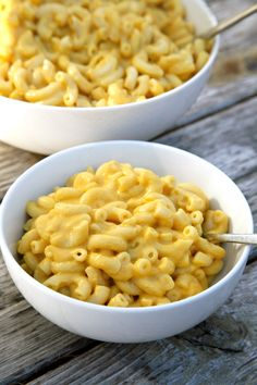 The Best Dairy-Free Creamy Mac and Cheese You'll Ever Taste (We Mean It!)