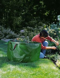 Medium Leaf and Yard Cleanup Tip Bag *** Check out the image by visiting the link.