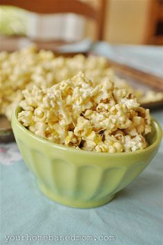 Marshmallow Popcorn. Looks awesome but pretty sure I'd have lots of food guilt with the 2 sticks of butter it calls for.