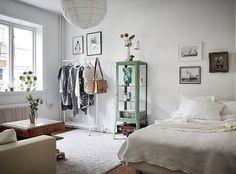 Ikea 'Fabrikör' display cabinet @apartmentgbg