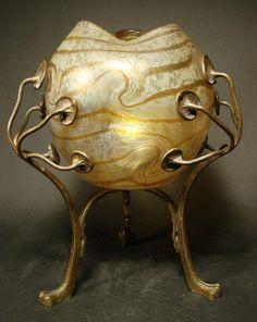 Vase mit Metallmontierung Böhmen um 1900