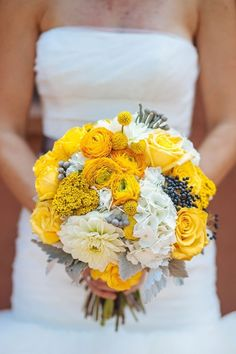 Bright Yellow Bouquet | Yellow and Grey Colorado Wedding by Urban Safari Photography