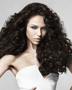 Full curls, full volume, big hair, curly, big curls, volume, brunette, style, hairstyle, stylist, hairstylists, hairstyles, brown hair, dark hair, long hair, Nashville, Music City