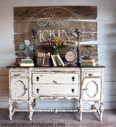 shabby chic kitchen designs – Shabby Chic Home Interiors Distressed Furniture, Shabby Chic Furniture, Vintage Furniture, Painted Furniture, Repurposed Furniture, Shabby Chic Dressers, Bedroom Dressers, Refurbished Furniture, Rustic Furniture