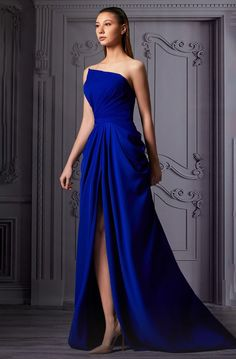 Gala Gowns, Gala Dresses, Couture Dresses, Classy Gowns, Classy Dress, Elegant Dresses Classy, Vestido Strapless, Strapless Dress Formal, Blue Evening Gowns