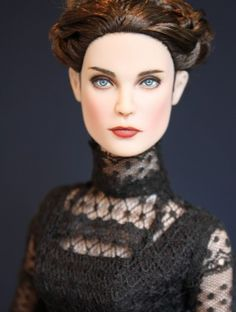 About Vanessa Ives: Penny Dreadful inspired repaint by Sashableu, outfit by Stardust Dolls