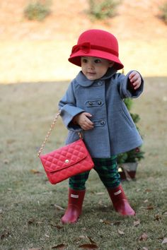 Toddler fashion | holiday accessories | Christmas Fashions | winter fashions | rain boots | hunter boots | Janie & Jack | Red Accessories | kid fashion | child Christmas clothes | child fashion #ad