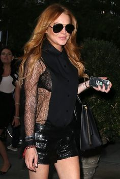 Lindsay Lohan Photos: Lindsay Lohan Returns to Her Hotel