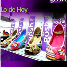 Este es el mundo Gosh!!! Heels, Fashion, Zapatos, Heel, Moda, Fashion Styles, Shoes Heels, Fasion, High Heels