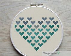 geometric modern cross stitch pattern heart di Happinesst su Etsy
