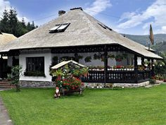 Romanian (Bucovina house) Beautiful Places To Visit, Beautiful Homes, Traditional House, My Dream Home, Building A House, Architecture Design, House Plans, Cottage, House Design
