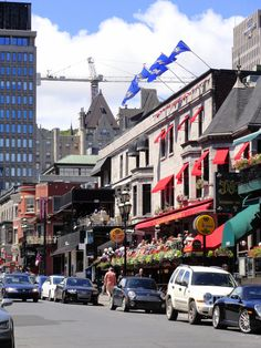 Crescent street, Montreal./Lucie