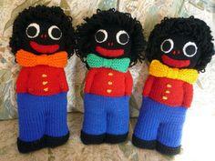 knitted golliwog pattern – Knitting Tips Knitted Slippers, Knitted Dolls, Felt Dolls, Crochet Toys, Doll Toys, Finger Knitting, Loom Knitting, Knitting Patterns Free, Baby Knitting