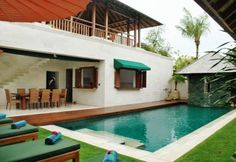 Gorgeous Shinta Dewi with 4 suites in Laksmana Seminyak for rent for a perfect holiday in Bali.