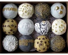 Deftones Cupcakes? This might be the most awesome thing I've ever seen....
