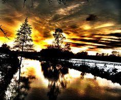 Ilmenau-Fluss unter glühendem Himmel Outdoor, Scrappy Quilts, River, Heaven, Outdoors, Outdoor Games, Outdoor Living