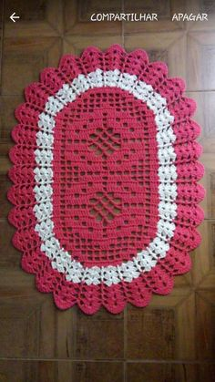 Large green red doily 23 inches christmas doily crochet doily christmas decor gift for christmas gre Crochet Flower Patterns, Doily Patterns, Crochet Flowers, Knitting Patterns, Unique Crochet, Diy Crochet, Crochet Doilies, Crochet Carpet, Crochet Table Runner