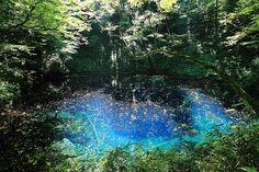 """日本で3箇所しかない自然の世界遺産・白神山地にある神秘のブルーの湖!""""十二湖"""""""