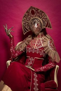 """☣ Lana Jynnine ☣ on Twitter: """"The Mask...🎭🎭🎭… """" Fantasy Inspiration, Character Inspiration, Fantasy Character Design, Character Art, Dark Fantasy, Fantasy Art, Costume Carnaval, Masquerade Costumes, Fantasy Costumes"""