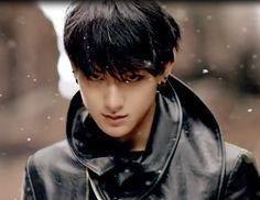 EXO Member Profile Tao 1