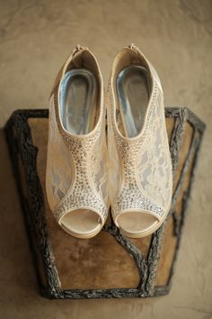 Lace wedding shoes |