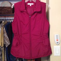 Nice light weight warm vest Color is in picture 4 burgundy Croft and Barrow Jackets & Coats Vests