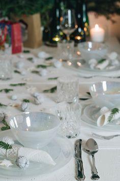 Auch dieses Jahr durfte ich an einem BLOGGER-X-MAS-DINNER teilnehmen. Nicht nur das, dieses Jahr durfte ich es sogar in meiner Wohnung ausrichten. Und natürlich war ich auch dieses Jahr für die DIY-Deko zuständig. Diy Blog, Table Settings, Table Decorations, German, Home Decor, Dinner, Jewelry Making, Diy Decoration, Craft Tutorials