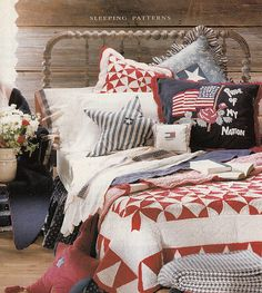 Love the hooked pillow with the flag and the antique quilt in this Patriotic Bedroom Patriotic Bedroom, Americana Bedroom, Primitive Bedroom, Primitive Country, Blue Rooms, Blue Bedroom, Bedroom Decor, Bedroom Ideas, Summer Bedroom