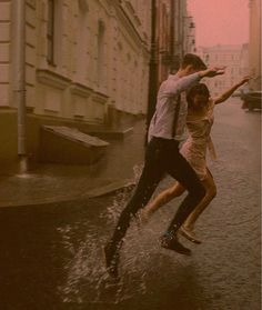 Cute Relationship Goals, Cute Relationships, Couple Aesthetic, Aesthetic Pictures, Cute Couples Goals, Couple Goals, Paris 3, Dancing In The Rain, Teenage Dream