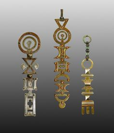 Assrou N´Swoul group kl - African adornment - African Weapons