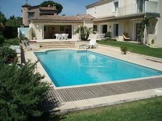 Excellent new villa near Cannes - http://www.aiximmo.ch/property/excellent-new-villa-near-cannes/ - Nice provencal villa of around 250 m² - Grounds : approx. 1.250 m² - Garden view * 3 bedrooms Basement : approx. 130 m² Swimming pool with cover. Pool house with shower and wc. 2-car garage  --------------------------------------