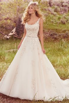 Maggie Sottero – Spring 2017 – Tayla