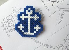 Sailor's Anchor - Hama Pin. $3.00, via Etsy.