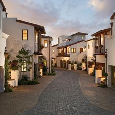 Puerto Rico Design Ideas, Pictures, Remodel and Decor Mediterranean Architecture, Mediterranean Home Decor, Spanish Architecture, Residential Architecture, Spanish Style Homes, Spanish House, Spanish Colonial, Townhouse Exterior, Townhouse Designs