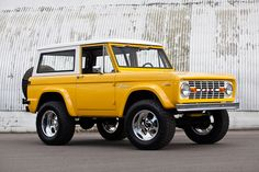 1969 Ford Bronco - good looking rig