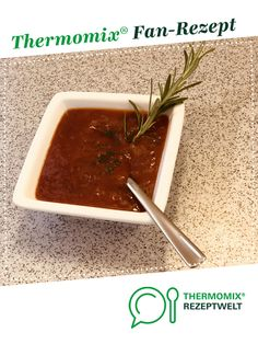 Steaksauce Süß/Scharf Steak sauce sweet / spicy by will-m. A Thermomix ® recipe from the Sauces / Dips / Spreads category www.de, the Thermomix ® community. Chutneys, Bean Recipes, Healthy Recipes, Spicy Steak, Spicy Sauce, Pregnancy Eating, Dried Beans, Holiday Appetizers, Barbecue Sauce Recipes