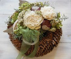 Metal Art, Funeral, Floral Wreath, Wreaths, Table Decorations, Flowers, Home Decor, Dried Flowers, Grief