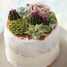 Savory magic cake with roasted peppers and tandoori - Clean Eating Snacks Mini Cakes, Cupcake Cakes, Cupcakes, Wilton Cakes, Nake Cake, Cactus Cake, Savoury Cake, Clean Eating Snacks, Cake Decorating