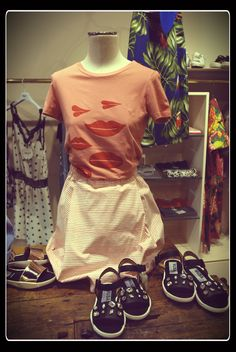 #eliteboutique #castelfrancoveneto T-shirt Dou dou  Skirt Dou dou Sandals Golden Goose