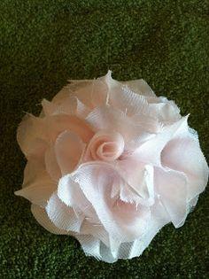 Simply Homemade: Simply DIY Fabric Flowers
