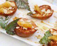 Pommes et poires rôties au miel et aux amandes