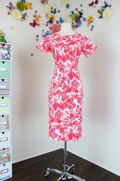 Classic Vintage 1960s Floral Wiggle Dress Short Sleeve Midi