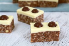 The best ever Thermomix Malteser Slice recipe! Simple, quick and so totally delicious!